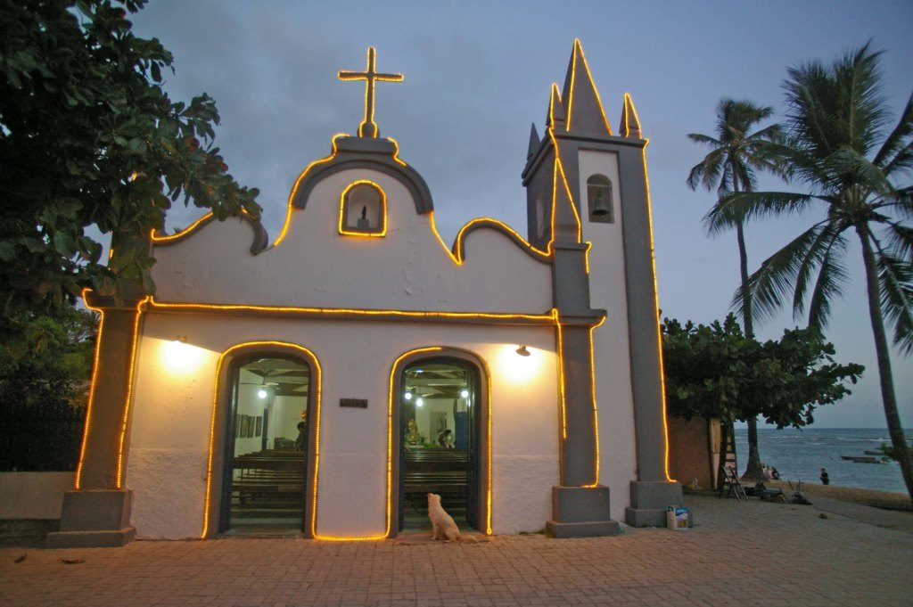 Kirche Sao Francisco in Praia do Forte, Bahia
